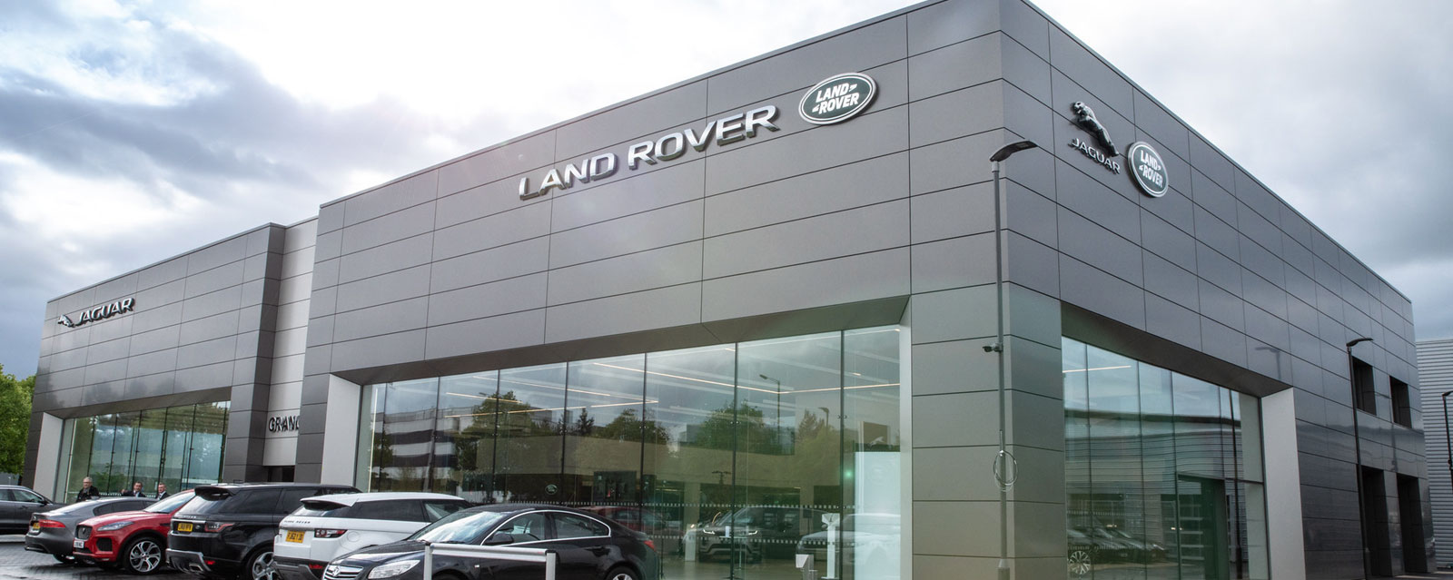Introducing our new state-of-the-art Jaguar and Land Rover Hatfield dealership