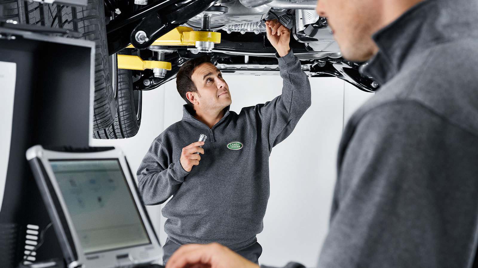 One Fixed Price - Grange Land Rover Service Plans